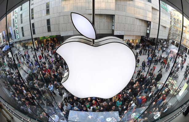 Apple янги iPhone телефонларини 9 сентябрь куни намойиш этиши кутилмоқда