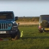 Defender, G-Class va Jeep Wrangler o'zaro arqon tortishdi (video)