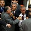 Туркия парламенти депутатлари мажлисда муштлашишди