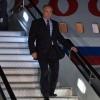 Vladimir Putin Toshkent xalqaro aeroportiga yetib keldi