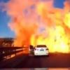Хитойда суюлтирилган газ ташувчи машина фалокатга учраб ёнғинга сабаб бўлди (видео)