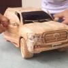 Вьетнамда ёғочдан Toyota Land Cruiser автомобилини ясашди (видео)