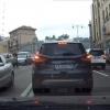 Киев марказида автомобиль портлаши видеоси пайдо бўлди