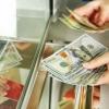 Markaziy bank: Banklardan naqd dollarni qachondan sotib olish mumkin?