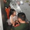 Лифт шахтасига тушиб кетган 6 ёшли қизча мўъжиза туфайли омон қолди (видео)