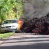 Гавайида автомобиль лава остида қолди (видео)