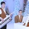 Turkmaniston prezidenti nabirasi bilan uch tilda qo'shiq kuyladi (video)