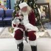 Ўқинг, аммо йиғламанг! Санта-Клаус умрининг охирги кунларини ўтказаётган 2 ёшли болани кўришга борди