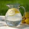 Тонгда лимонли илиқ сув ичишнинг фойдалари
