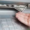 Ўзбекистонда банкоматлар 1 октябрдан нақд хорижий валюта беришни тўхтатади