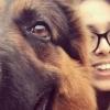 Имон Каримова Instagram'га онаси ошхонада чучвара пишираётгани акс этган видео жойлади