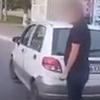 """Машина ҳайдовчиси """"Тошшаҳартрансхизмат"""" ходимини """"онасидан олиб, онасига солди"""" (видео)"""
