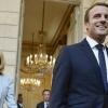 Fransiyada prezident rafiqasiga qarshi petisiya imzolandi