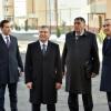 Shavkat Mirziyoyev Sergelida qurilayotgan yangi uylarni borib ko'rdi (foto)