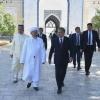 Prezident Imom Buxoriy maqbarasini ziyorat qildi (foto)