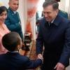 Shavkat Mirziyoyev profilaktika inspektori xizmat xonasidan Xorazmga aloqaga chiqdi