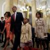 Keniyalik erkak Obamaning qizi qo'lini so'rab, evaziga 70 ta qo'y va 50 ta sigir bermoqchi