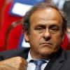 УЕФА раҳбари Мишель Платини футболга оқ рангли карточкаларни жорий қилишни таклиф қилмоқда