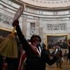 Trampning tarafdorlari Kapitoliyga bostirib kirdi (foto)