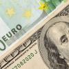 Ўзбекистон валюта биржасида доллар ва евро ҳафтани пасайиш билан якунламоқда