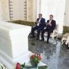 Emomali Rahmon Islom Karimov maqbarasini ziyorat qildi