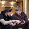 Рамзон Қодиров ва Тимати iPhone ишлатишдан воз кечишди