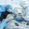 Bemor koronavirusning xavotirli alomatlari haqida so'zlab berdi