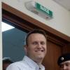 Путиннинг танқидчиси Навальний озодликка чиқди