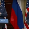 Трамп Путин совға қилган тўпни хотинига отди (+видео)