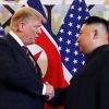 Дональд Трамп Ким Чен Ин билан учрашиш учун икки Корея чегарасига етиб келди