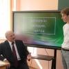 Lukashenko: «Maktablarda davlat mafkurasini qo'llab-quvvatlamaydigan o'qituvchilar bo'lmasligi kerak»