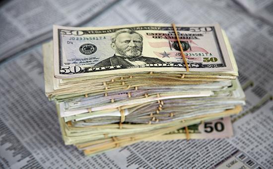 Доллар илк бор 50 рублдан кўтарилди