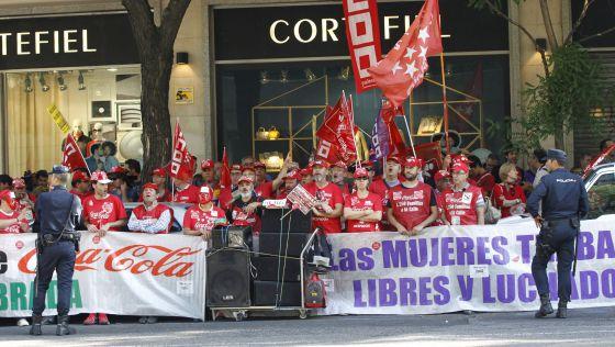 Испания Олий суди Coca-Cola компаниясининг 800 нафардан кўпроқ ходимини ишдан бўшатишини ноқонуний деб топди