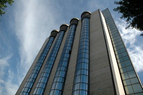 «Universal bank»ka xorijiy valyutalarda operasiyalarni o'tkazishga lisenziya berildi