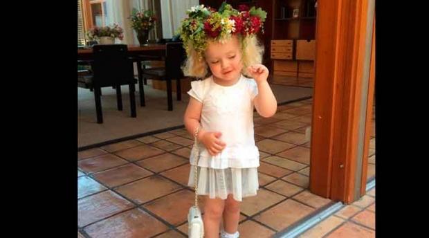 Интернетда ХИТ: Алла Пугачева эгизакларининг суратларини ошкор қилди