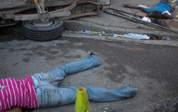 Meksikada yuz bergan YTH natijasida 8 kishi halok bo'ldi