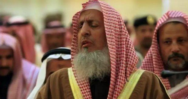 """Саудия Арабистони муфтийси Эрон етакчисини """"мусулмон эмас"""", деб атади"""