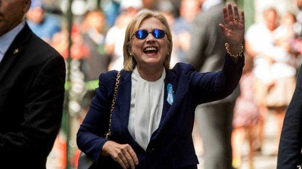 Клинтон соғлигидаги муаммо туфайли Калифорнияга сафарини бекор қилди