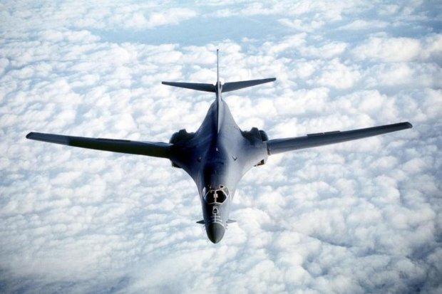 АҚШ бомбардимончи самолётлари Жанубий Корея устидан парвоз қилди