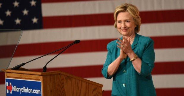 Клинтон саломатлиги ҳақида янги маълумотларни чоп этди