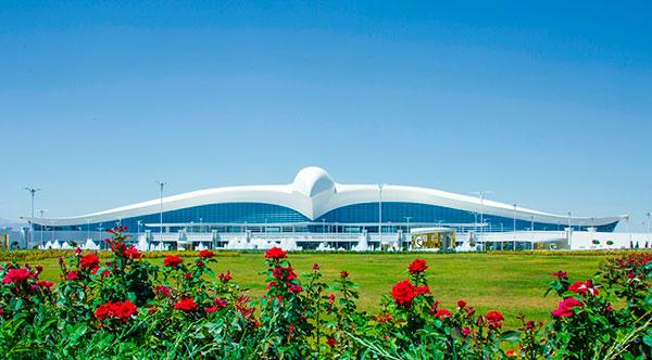 Туркманистонда қурилишига 2,3 млрд доллар сарфланган халқаро аэропорт очилди