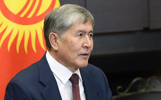 Қирғизистон президенти юрагидаги муаммо сабабли АҚШга кетаётган йўлидан ортга қайтди