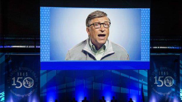 """""""Forbes"""" Американинг энг бадавлат кишилари рейтингини эълон қилди"""