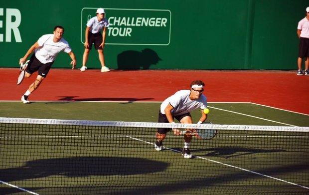 Денис Истомин Tashkent Challenger—2016 нинг жуфтлик беллашувларида финалга йўл олди