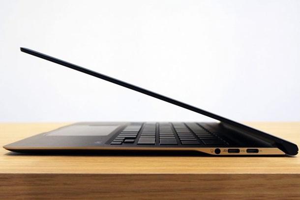 Дунёдаги энг ингичка ноутбук сотувга чиқарилди