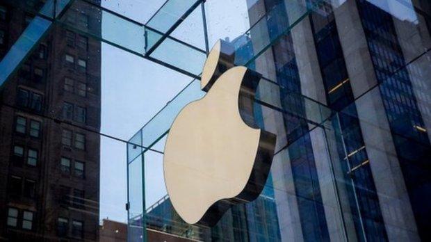 Apple iPhone'ни ишлаб чиқариш АҚШга кўчирилиши мумкин