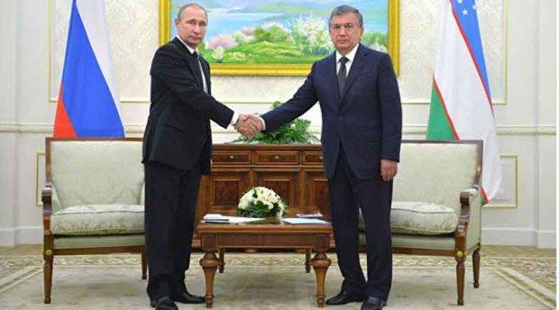 Владмир Путин Шавкат Мирзиёевга қўнғироқ қилди