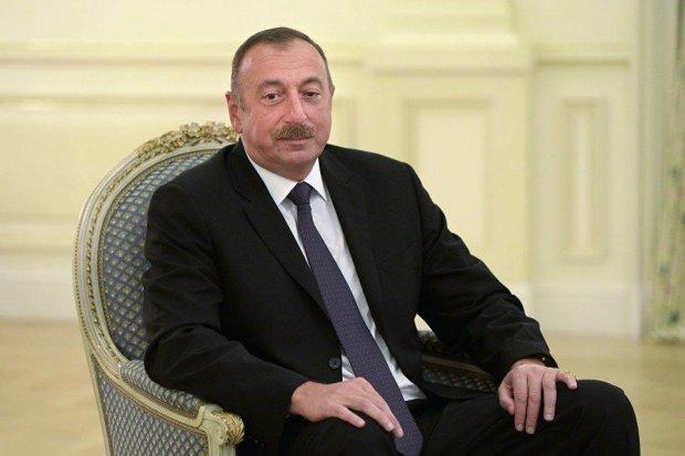 Озарбойжон президенти Шавкат Мирзиёевни табриклади
