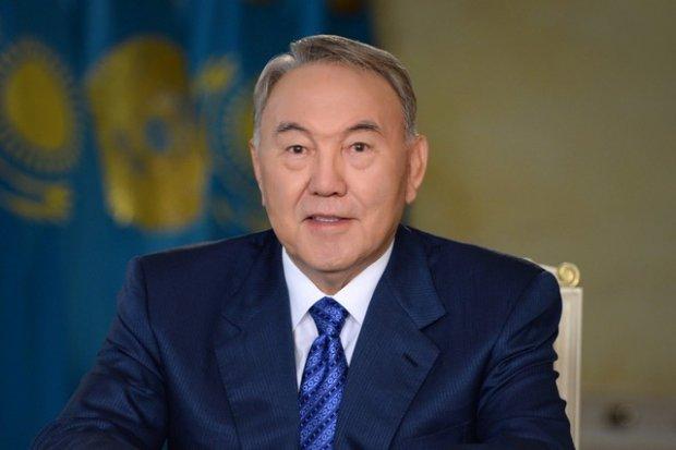 Нурсултон Назарбоев Шавкат Мирзиёевни табриклади