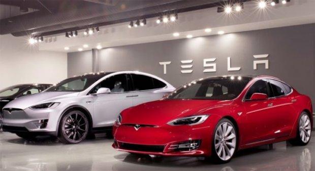 Samsung Tesla электромобиллари учун микрочиплар етказиб беради